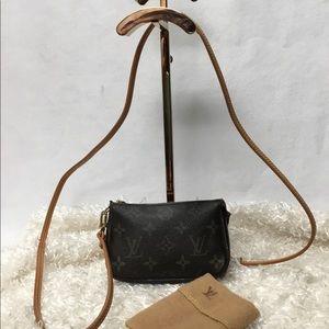 Louis Vuitton Mini Pochette 🌟